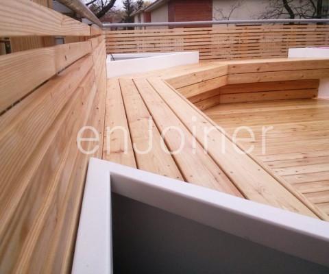 Drewniany taras na dachu