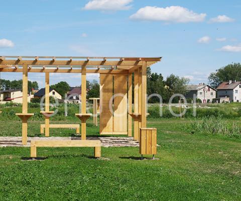 Ekologiczna drewniana galeria edukacyjna