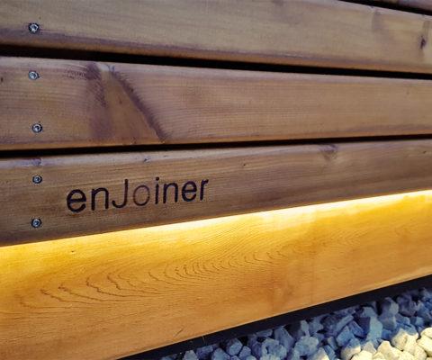 Ekskluzywna architektura drewniana Enjoiner